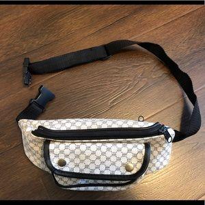 Handbags - Vintage Waistbag